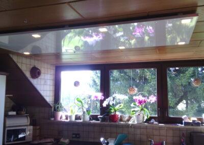 Photonenheizung als Alu-Komposit Deckenheizung beleuchtet